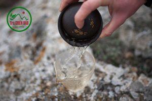 thưởng thức bạch trà shan tuyết